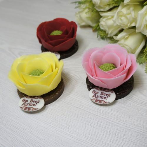 Шоколадный цветок в колбе
