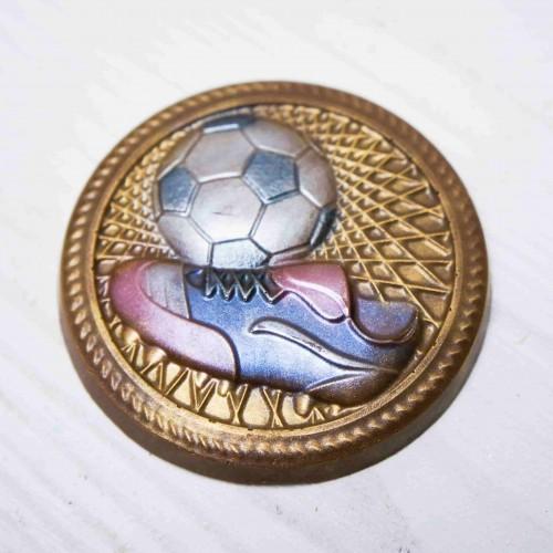 Плитка шоколадная Барельеф «Медаль футболисту»