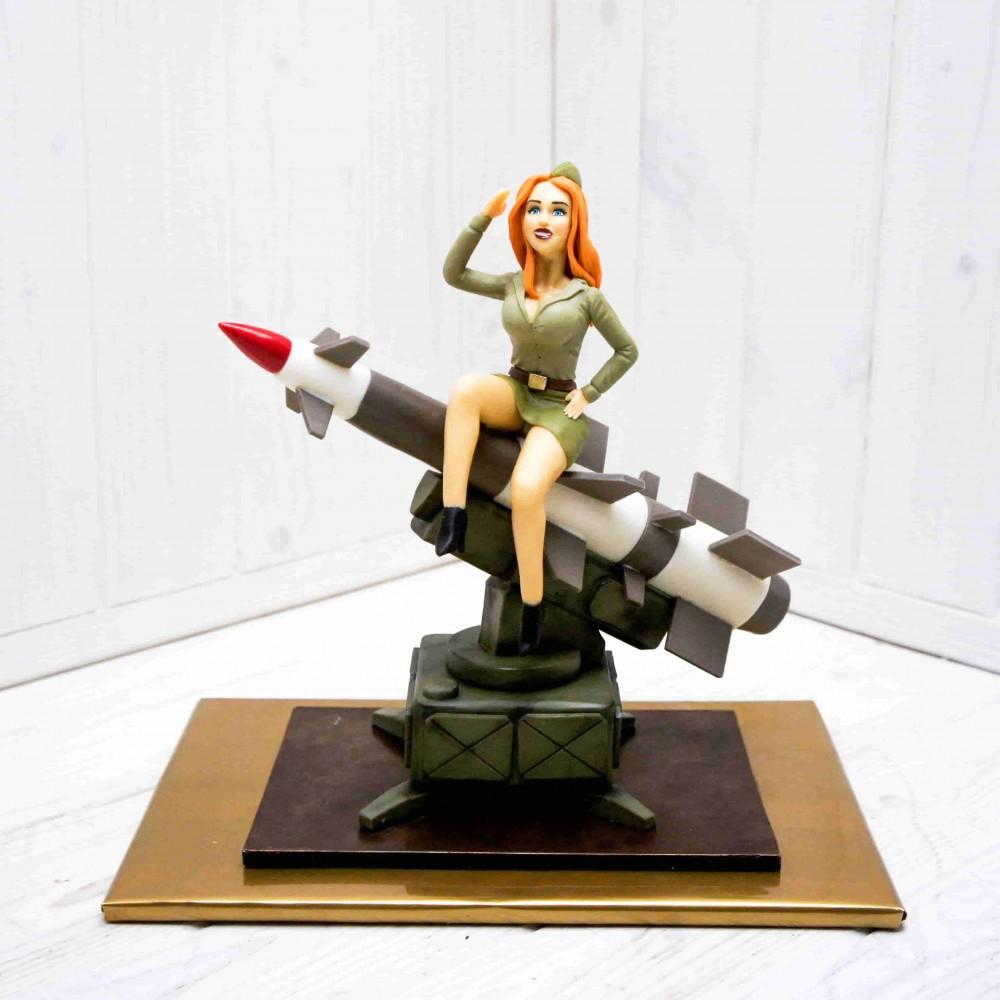 "Шоколадная композиция ""Девушка на ракете"""