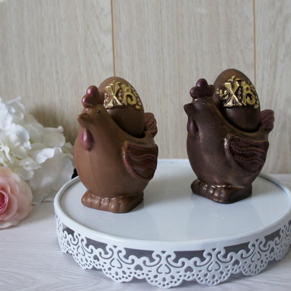 Курочка с яйцом