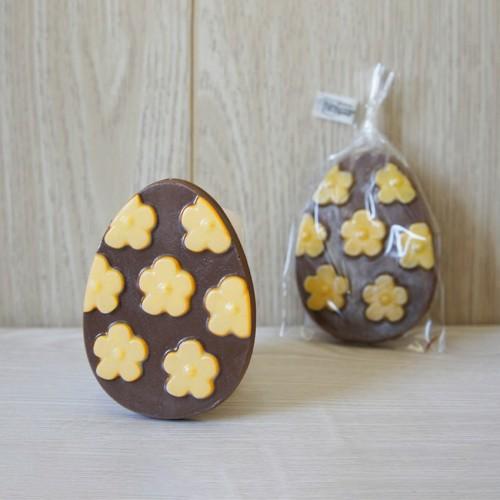 Яйцо шоколадное с декором