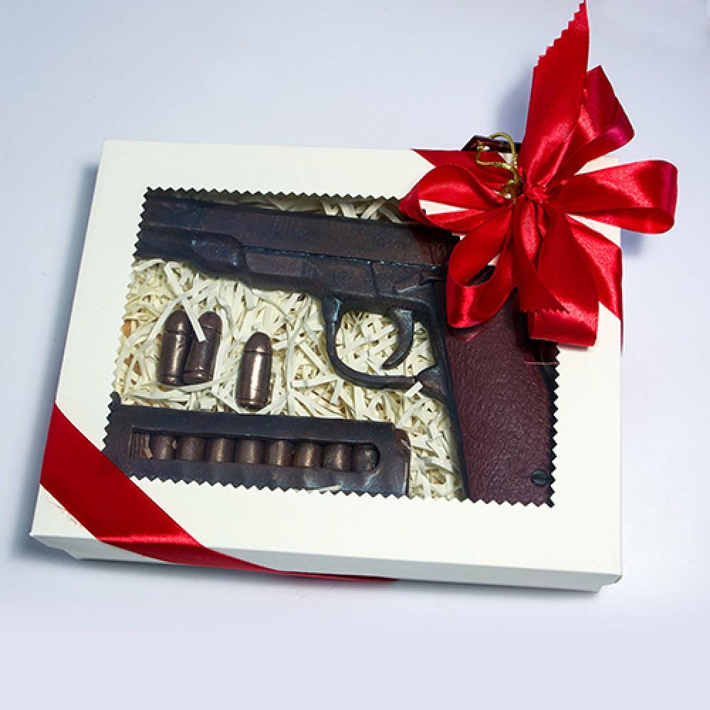 """Шоколадный набор """"Пистолет с патронами"""""""